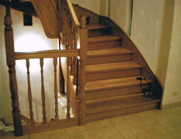 Grand escalier sur mesure 2 quarts tournants